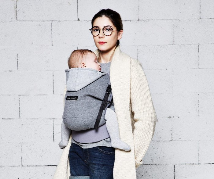 Je Porte Mon Bebe Hoodie Carrier now available at Sling Spot! a19909a17e1